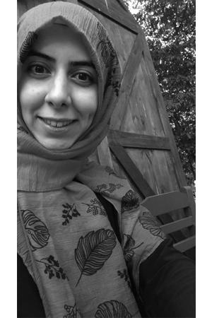 Elif Esra Erdil